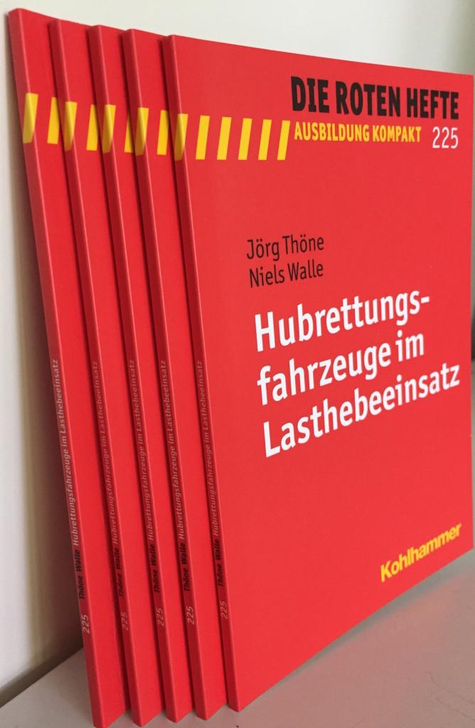 Hubrettungsfahrzeuge im Lasthebeeinsatz – jetzt im Buchhandel